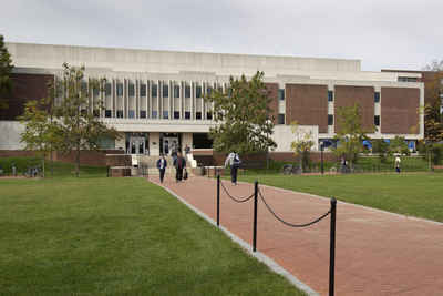 Delaware Public Colleges and Universities - University of Delaware: Morris Library