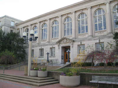 Missouri Public Colleges and Universities- University of Missouri in Columbia:  Ellis Library