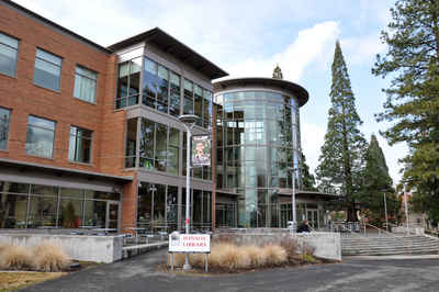 Oregon Public Colleges and Universities - Southern Oregon University (Ashland) Hannon Library