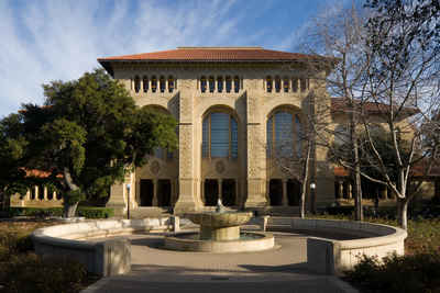 California Private Colleges and Universities:Stanford University - Green Library